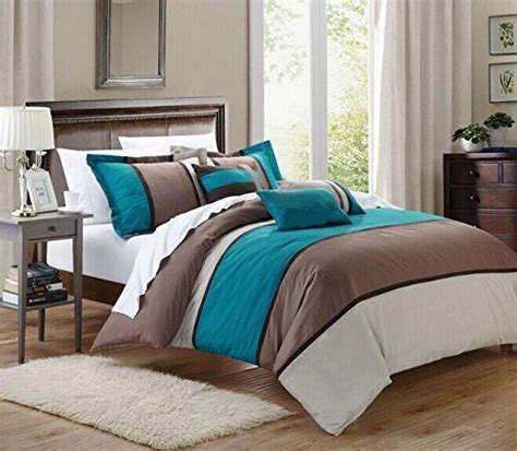 teal bedroom decor best 25 brown comforter ideas on pinterest brown 13475 | a7cd58b24647089eaa87157994dcef5f teal bedroom decor teal bedrooms