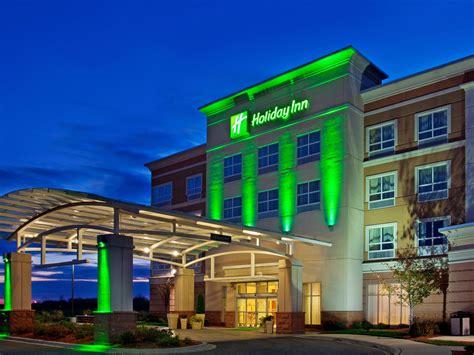 in suites holiday inn aurora north naperville hotel by ihg