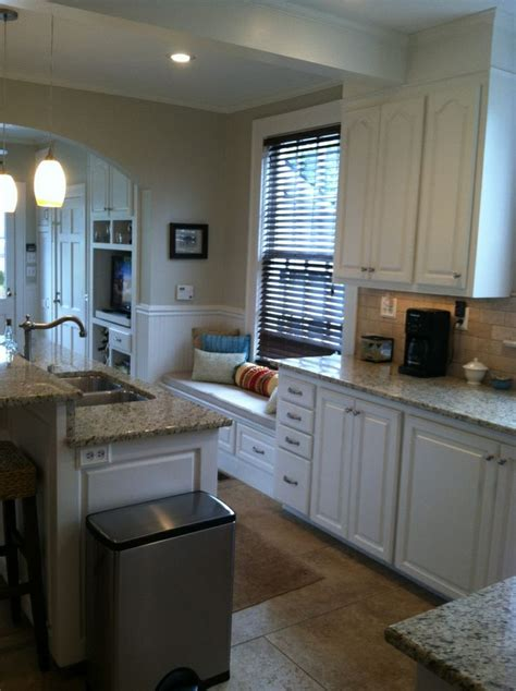 wall bm tapestry beige cabinets bm white dove paint