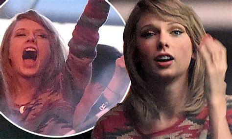 Taylor Swift cheers as rumoured boyfriend Calvin Harris ...