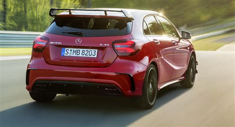 Mercedes Says Australia's Luxury Car Tax Will Be Scrapped