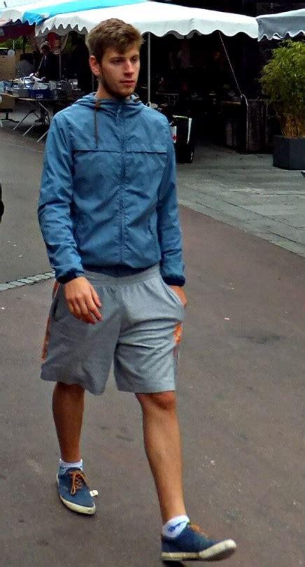 bulge walking   street blond actors