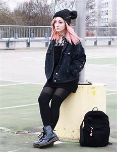 Outer Space Style | Kawaii Grunge Winter Outfit