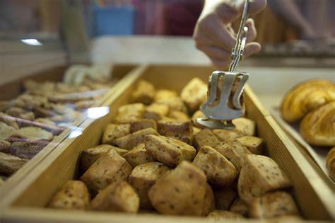 bruit en cuisine albi cuisine albi incroyable vendeur de cuisine quipe vente
