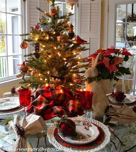 Nature Themed Christmas Table Setting Tablescape