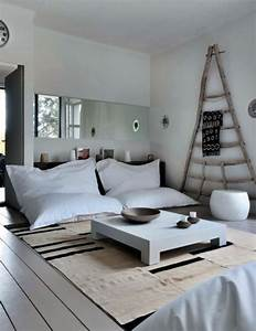 Le gros coussin pour canape en 40 photos for Tapis de sol avec canape en belgique pas cher