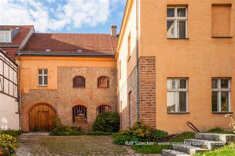 Gotisches Haus, Berlins ältestes Bürgerhaus › Online