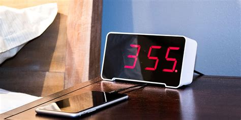 This Classic Nightstand Alarm Clock Comes With 4 Usb Ports