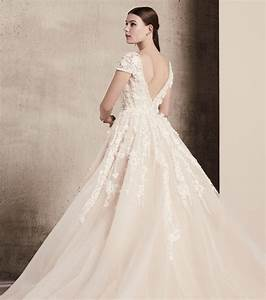 Photo robe de mariee elie saab 2018 robe manches for Robe de mariée dentelle dos