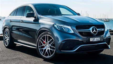 From the outside, the heavily contoured power dome design hints at the immense power delivery. 2017 Mercedes AMG GLE 6.3 coupe   TotallyCARS.club