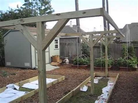 How To Build A Vertical Garden Frame by Mittleider Gardening How To Build T Frames For Vertical