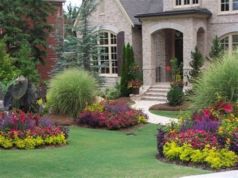 Front Yard : Front Yard Landscaping Ideas Showing Colorful Flower And