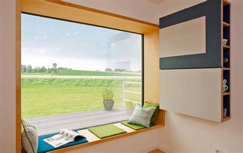 Sitzbank Am Fenster by Die Sitzbank Am Panoramafenster Als Ort Zum Tr 228 Umen
