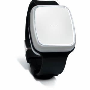 Bracelet Détecteur De Chute : bracelet d tecteur de chute avec bouton d 39 appel d 39 urgence ~ Melissatoandfro.com Idées de Décoration