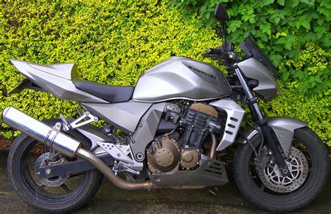 Modification Z750 by New And Popular Bikes Modification Kawasaki Z750 White