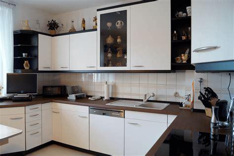 Küche Fliesen Kosten by Kosten Beispiele K 252 Che Treppe T 252 Ren M 246 Bel