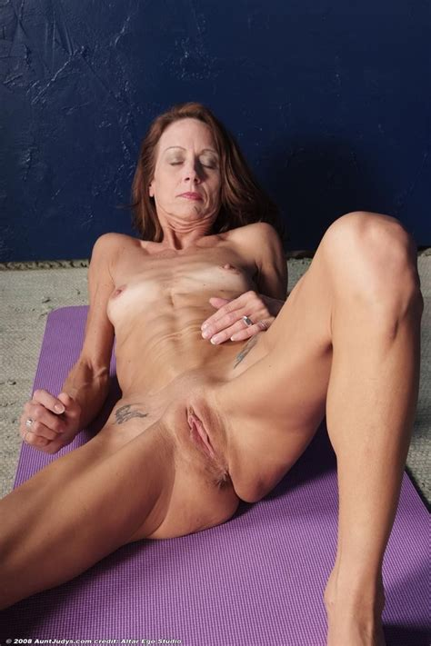 Des007ee108  In Gallery Very Skinny Mature Destiny 2