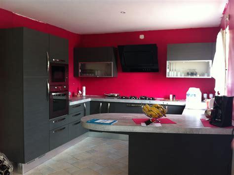 Photo-decoration-cuisine-rouge-gris-9.jpg