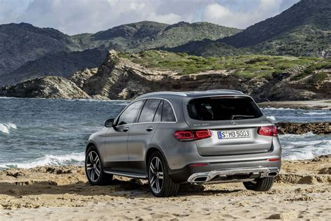 Speak to the team today to enquire about the mercedes glc lease deals and the free uk mainland delivery included with the offer. Mercedes-Benz GLC Diesel Estate GLC 220D 4matic AMG Line Premium 5DR 9G-Tronic Leasing