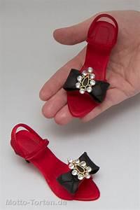 Schuhe Schnüren Ohne Schleife : rote damenschuhe mit schwarzer schleife motto ~ Frokenaadalensverden.com Haus und Dekorationen