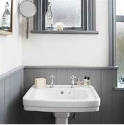 Bathroom Design Grey And White White And Grey Bathroom With Traditional Basin Bathroom Decorating