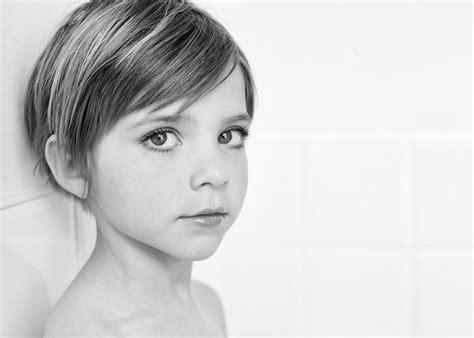 calgary child photography  style girl haircuts