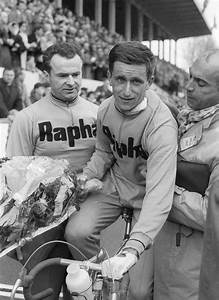 British cyclist Tom Simpson for Rapha is congratulated ...