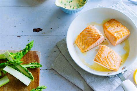 warum essen wir  karfreitag fisch migros impuls