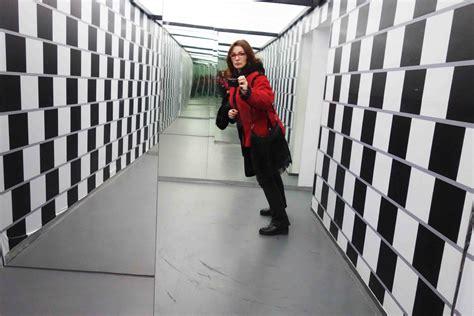 Raum Optisch Vergrößern by Gedrehter Raum Im Museum Der Illusionen Zagreb Kroatien