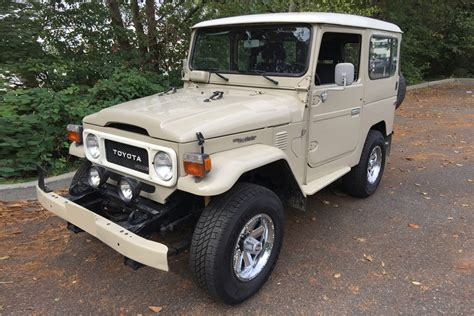 toyota 2 door suv 1980 toyota land cruiser bj 40 2 door suv 198873