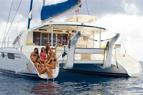 sea senor luxury crewed sailing catamaran bahamas charters