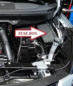 Fuse Box Opel  Vauxhall Zafira Tourer C