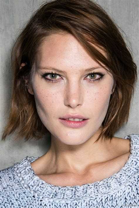 short wavy bob hairstyles inspiration photos