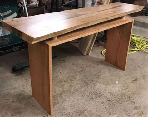 edge floating hall table  arm  seal general