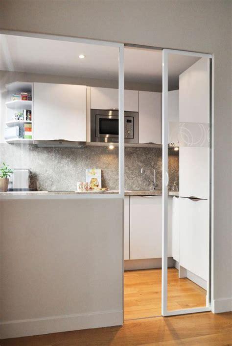 meuble de cuisine avec porte coulissante porte de cuisine en verre obasinc com