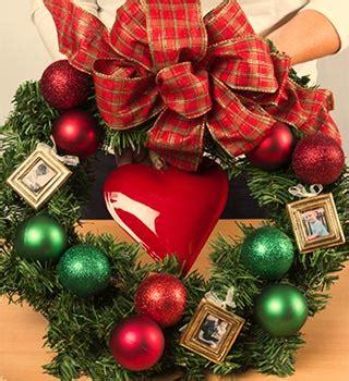 haskins garden centres creates christmas wreath to boost