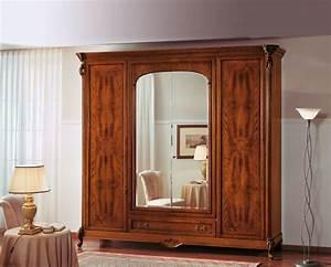 Großer Kleiderschrank Schlafzimmer : walnut kleiderschrank mit spiegelt r ideal f r schlafzimmer idfdesign ~ Markanthonyermac.com Haus und Dekorationen
