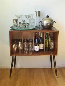 The 25+ best Modern drinks cabinet ideas on Pinterest ...
