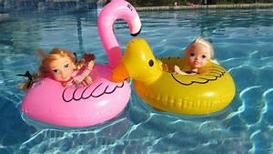 FLOATIES ! Elsa & Anna toddlers - Pool Party - Water fun ...