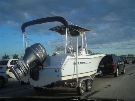 Triton Boat Bimini Top by Shade Of T Top Vs Bimini Sea Hunt Boats Owners Group