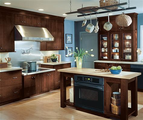 Schrock Kitchen Cabinets Dealers by Kitchen Cabinets With Glaze Schrock Cabinetry