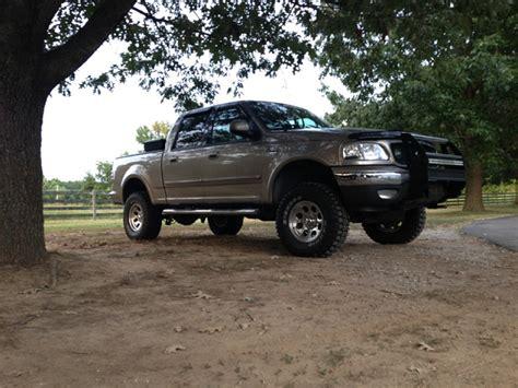 showem  post    trucks page  ford