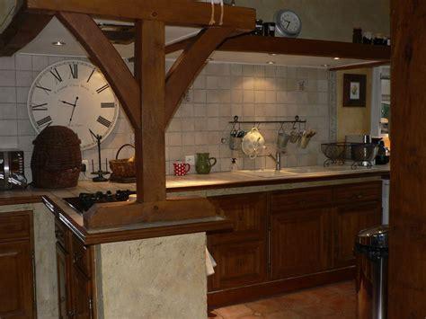refaire sa cuisine rustique comment moderniser une cuisine rustique eleonore déco