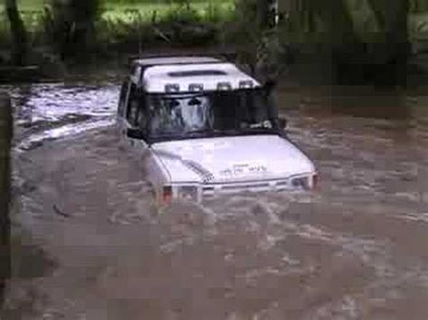 land rover water land rovers green laning in deep deep water hiqltyvid