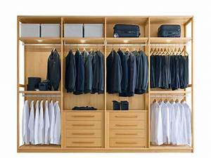 Cambio di stagione: come organizzare un armadio