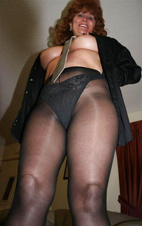 MILF Fantasy Wives: Pantyhose Wives