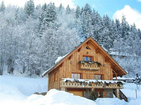 chalet les lutins doree 8 10 personnes les 2 alpes 1300 bons 5 km des 2 alpes les 2 alpes