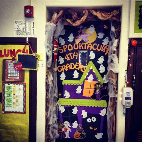 halloween classroom door classroom decor pinterest