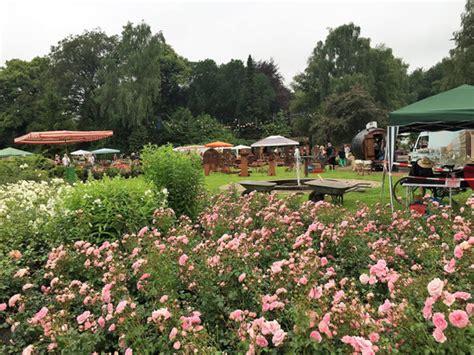 Garten Und Landschaftsbau Pinneberg by Und Pflanzenmarkt Im Rosenpark Pinneberg