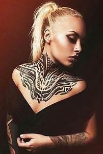 Frauen Rücken Tattoo : tattoo vorschl ge und coole tattoo ideen freshouse ~ Frokenaadalensverden.com Haus und Dekorationen